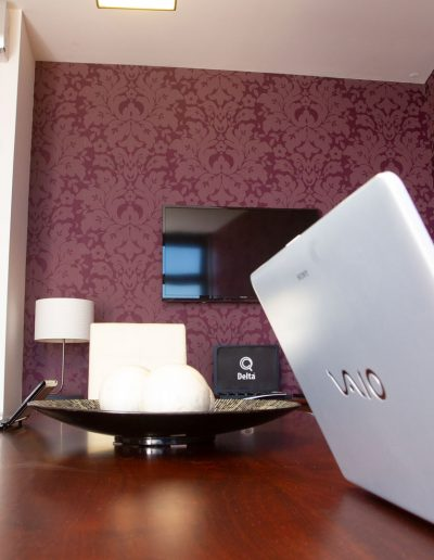 Sala de Reuniões (8px) | Escritórios Virtuais no Porto e em Vila Nova de Gaia
